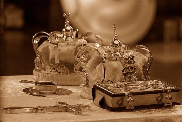 Risultati immagini per foto delle corone nuziali matrimonio ortodosso